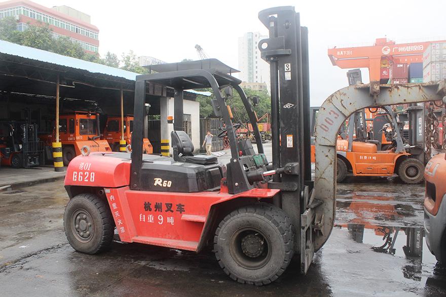 广州港:杭叉柴油叉车助力码头的高强度工作