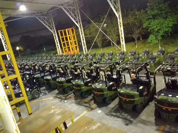 中国人民解放军采购杭州叉车案例