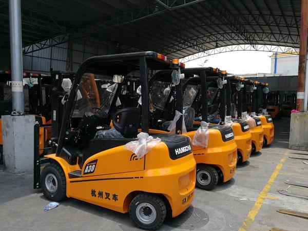 江南水果市场采购杭州叉车案例-电动叉车