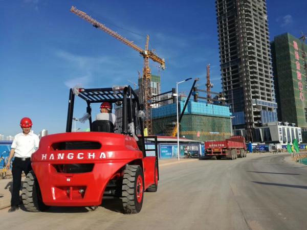 内燃叉车部分配件的作用,杭州叉车