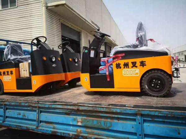 有质量有保证,杭叉的电动牵引车再一次交付天津某企业!